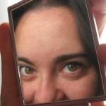 Een spiegelbeeld voorhouden.